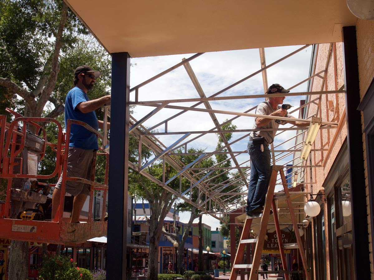 Image of awning replacement by CAM Contracting of Orlando, FL.
