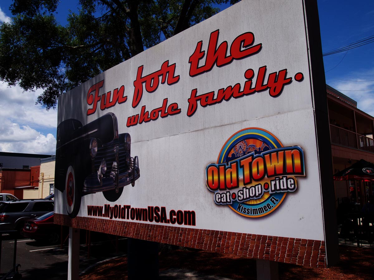 Image of Old Town Theme Park Sign