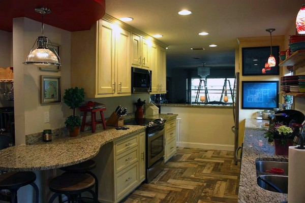 Image of a new kitchen from a home renovation by CAM Contracting of Orlando, FL.